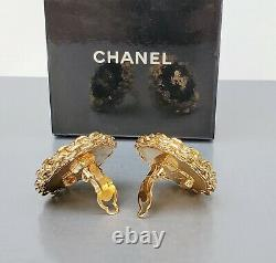CHANEL VINTAGE Black With Gold CC Logo and Chain-Wrap Clip-On Earrings 1980s