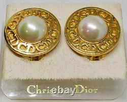 CHRISTIAN DIOR Vintage CD Round Pearl Gold Tone Clip-On Earrings 1980s