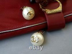 Chanel Earring Vintage Logo CC on Bead