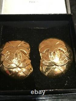 Chanel Earrings byzantine CC Clip On Early 90s Vintage Rare Gold Plated V Rare