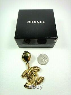 Chanel Quilted CC Dangling Drop Large Gold Tone Clip Earrings Signed Vintage