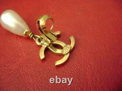 Chanel vintage CC logo pearl with clip earring 1 piece