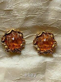 Gorgeous Vintage KALINGER Clip-on Earrings, Resin, gilt metal 3.5cm -signed