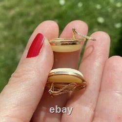 VINTAGE ESTATE NATURAL CORAL 14K GOLD GREEK KEY CLIP ON stud EARRINGS 22mm
